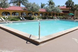 la quinta inn northeast pet friendly hotel in fort lauderdale, hotel with dogs allowed ft laud